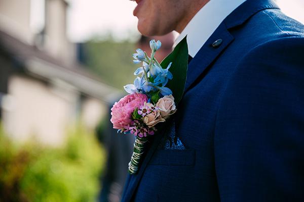 corsage man blauw