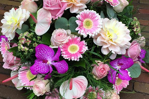 Rouw bloemen laten maken westland